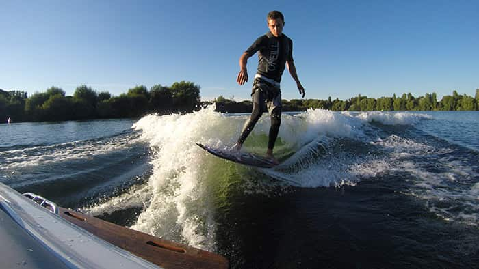 Wakeboarding Tom Shing